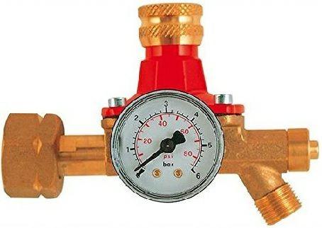 Propan-Regler mit Manometer 0,5 - 4,0 bar für 5-33 kg Flaschen